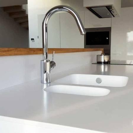 white-kitchen-furniture-7